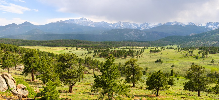 View near the entrance to Rocky Mountain National Park.